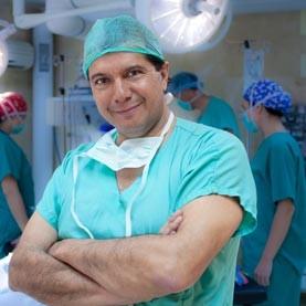 Dr. Héctor Valdés