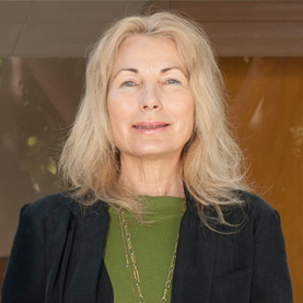 Dr. Roxanne Claude
