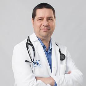 Dr. Víctor Aguilar