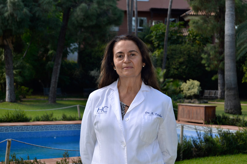 Dra. Ángela Escobar