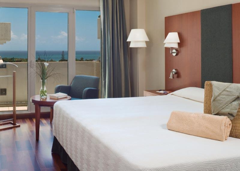 Habitación hotel NH Marbella recepción