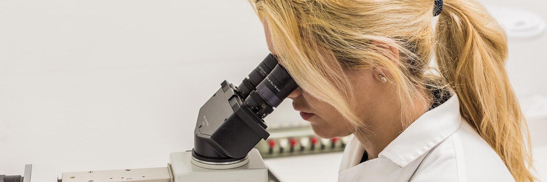 laboratorio Microbiología